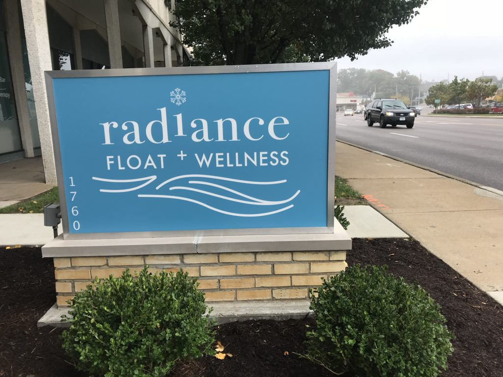 Radiance-Float-4